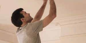 Video – When Do I Need to Replace the Batteries in My Smoke Detector?
